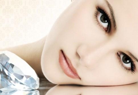 Tratamento Facial na Pele Perfeita Clinic